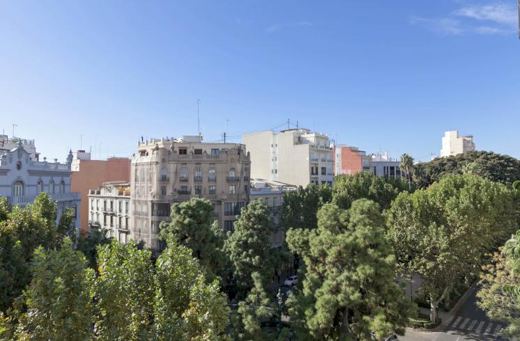 Piso en el centro de Valencia en venta.