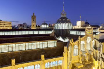 Espectacular ático con vistas increíbles en venta junto al Mercado Central en Valencia.