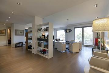 Moderno piso con vistas en el centro de Valencia en venta.