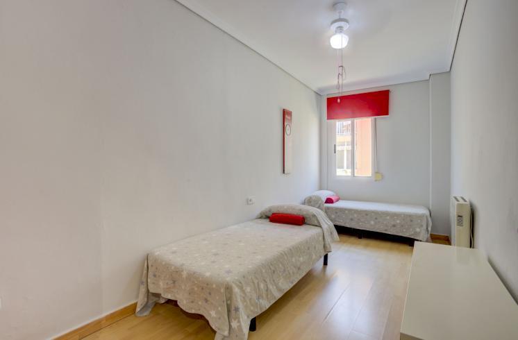 Estupendo piso en Cabanyal.